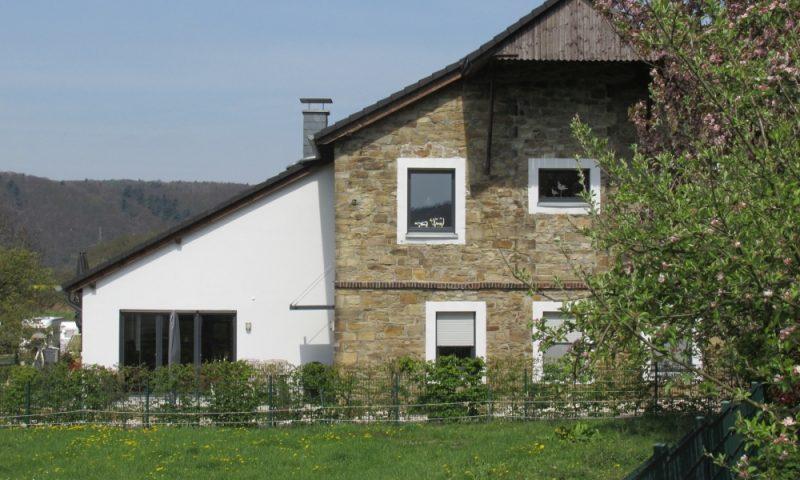 Umbau von ehemaligen Stallungen zu Wohnungen